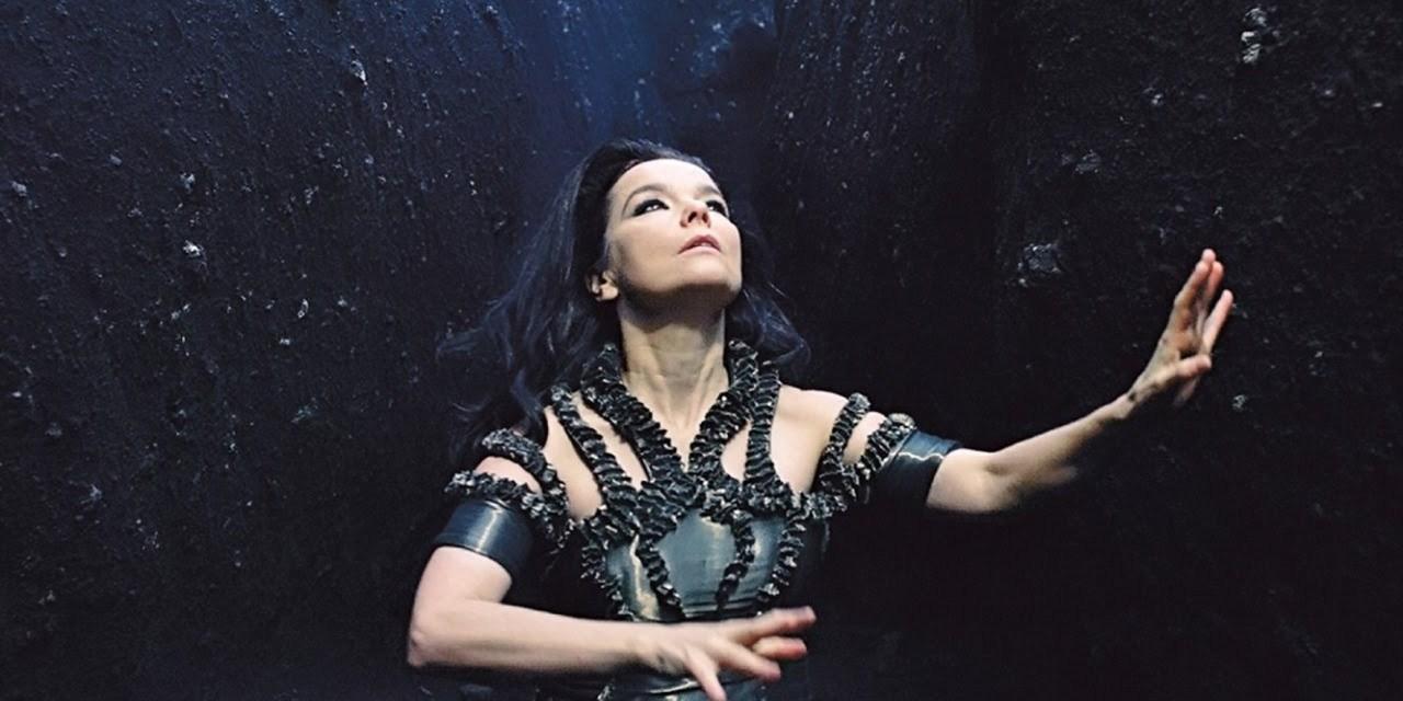 Black lake, Björk como solo ella.