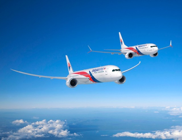 Malaysia Airlines signs for sixteen Boeing 787-9 and 737 MAX 8