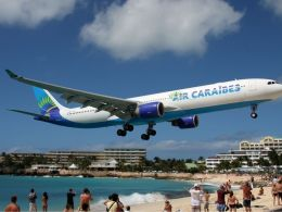 Airbus_A330-200_Air_Carabes_Saint_Martin