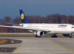 Lufthansa_Airbus_A330-300_D-AIKB