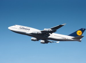 Lufthansa_Boeing_747-400