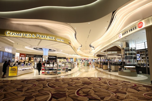 Singapour-Changi_T4_Changi Airport unveils its first integrated duty-free zone in the transit area of T4.