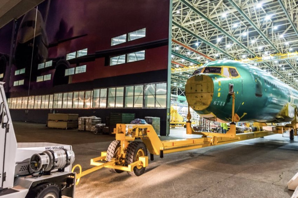 Boeing commence l'assemblage final du 737 MAX 7
