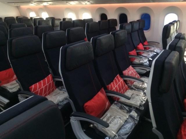 Boeing_787-9_Air_France_Economy_2