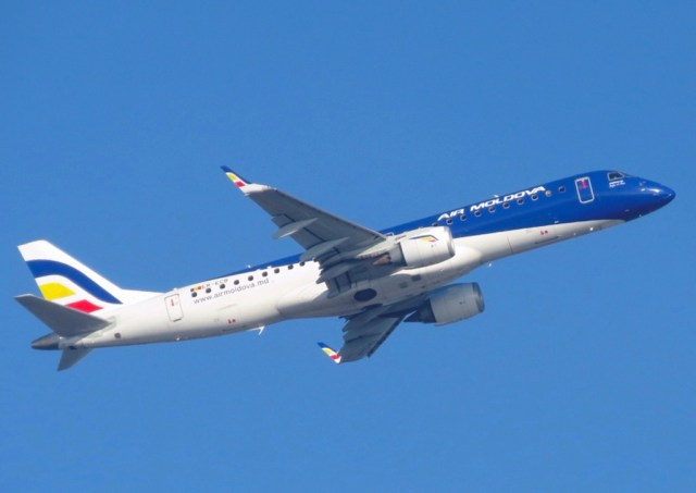 Embraer_190_Air_Moldova