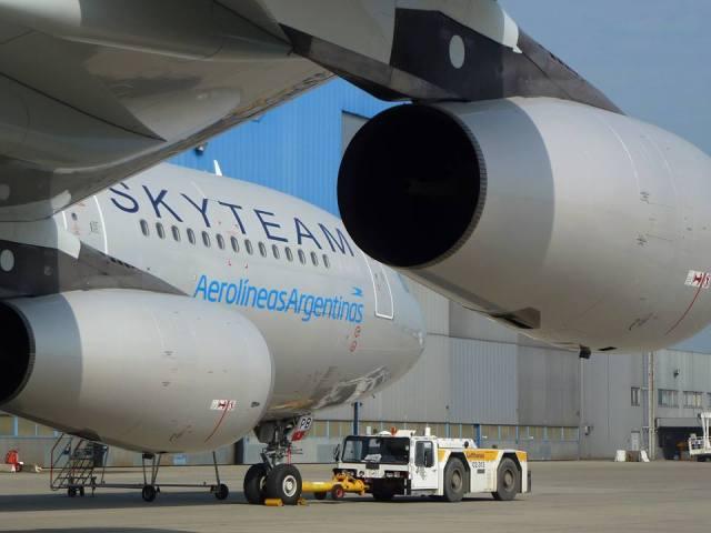Aerolineas_argentinas_A340