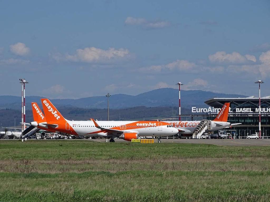 EasyJet annonce 8 nouvelles lignes au départ de France