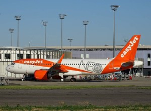 Airbus_A320neo_easyJet