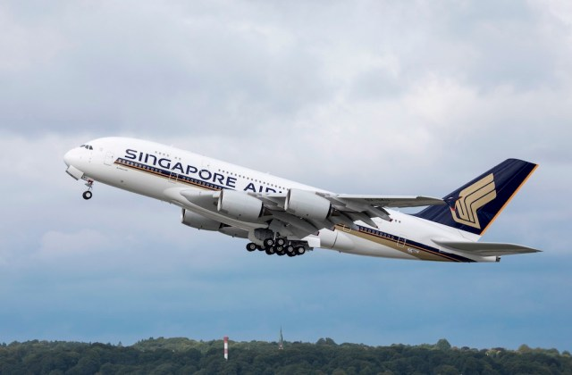 Nouvel_Airbus_A380_Singapore_Airlines