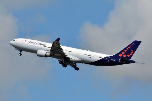 Airbus_A330-300_Brussels_Airlines
