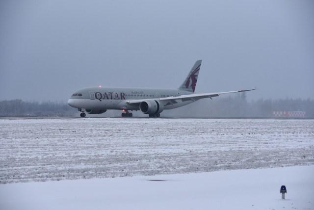 Qatar_Airways_Saint_Petersbourg_4