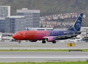Boeing_737-800-Alaska-Virgin