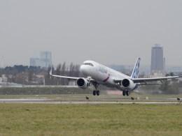 Airbus_A321LR_Paris-Le_Bourget