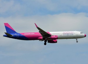 Airbus_A321ceo_Wizz_Air