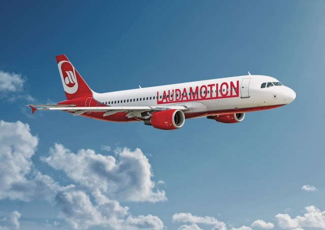 Airbus_A320_Laudamotion