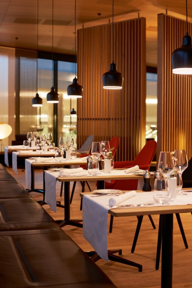 SWISS_First_Lounge_A_Zurich_restaurant