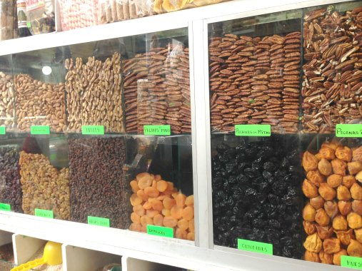 Nueces y frutos secos en el Mercado de Surquillo #1