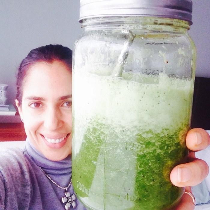 Por mi!!! 1 litro de pura salud!!! Bye Bye dolor de cabeza! (sí, me lo tomé todito!).