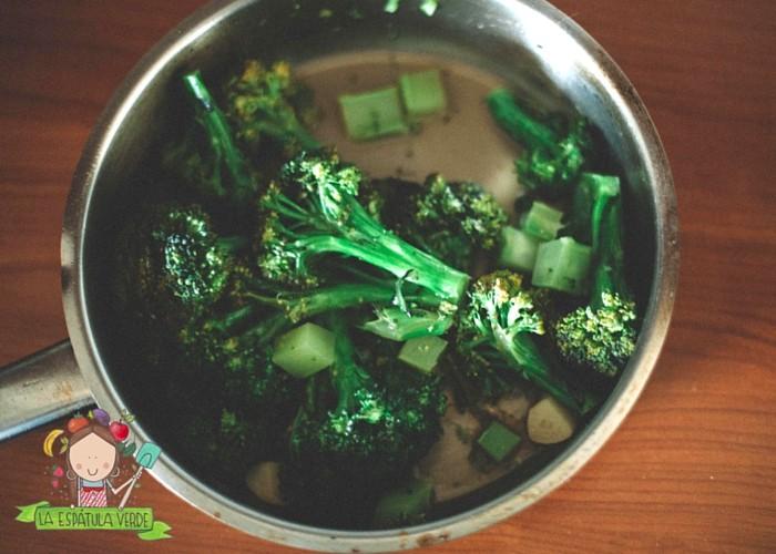 Quinua-con-pollo-brocoli-para-los-que-odian-el-brocoli-1