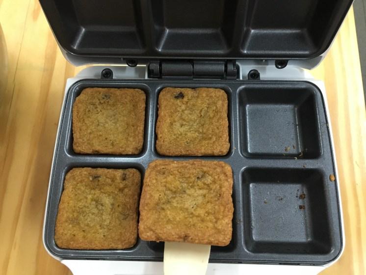 Quedaron muy bien en el brownie maker de Blanik