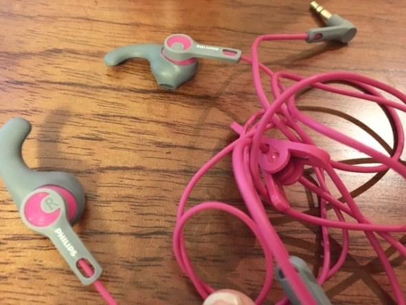 Mis audífonos para correr son un éxito, no se salen de la oreja y el sonido es buenazo.