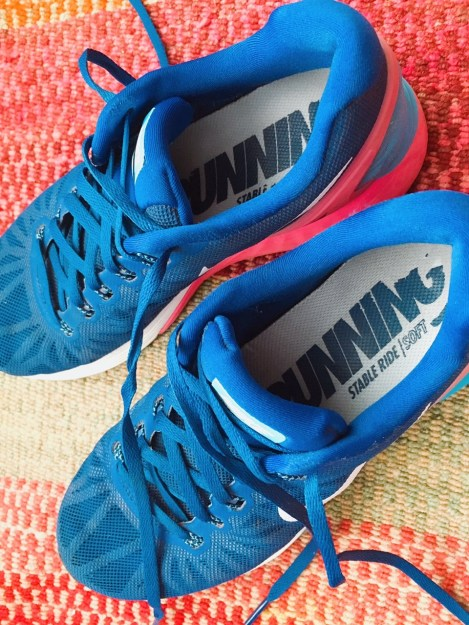 Unas buenas zapatillas no sólo ayudan a que estés cómodo corriendo, también reduce el riesgo de que puedas lesionarte.