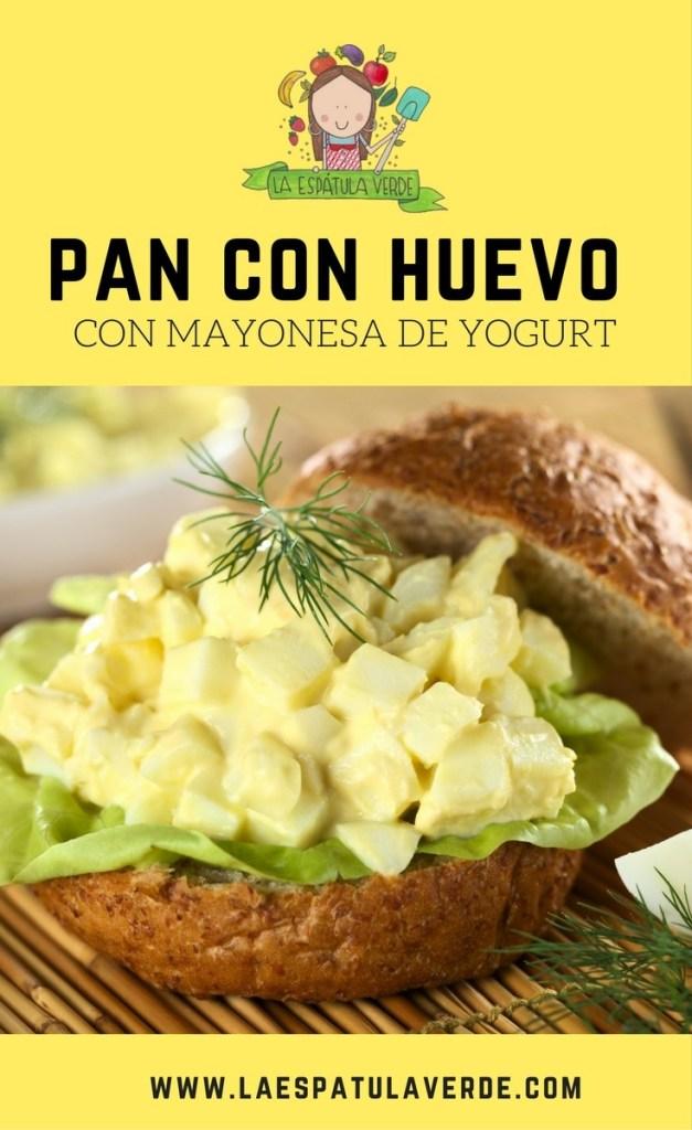 Pan con huevo duro y mayonesa de yogurt