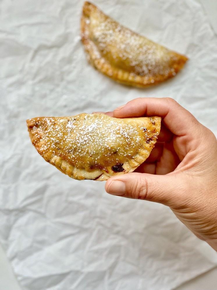 Mini Empanadas de pollo, champiñones y espinaca
