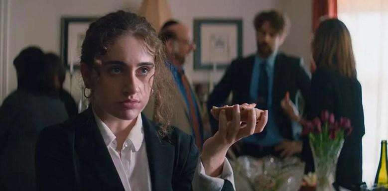 """Crítica de """"Shiva Baby"""", la reunión familiar más desesperante de la  historia (TIFF 2020)   La Estatuilla"""