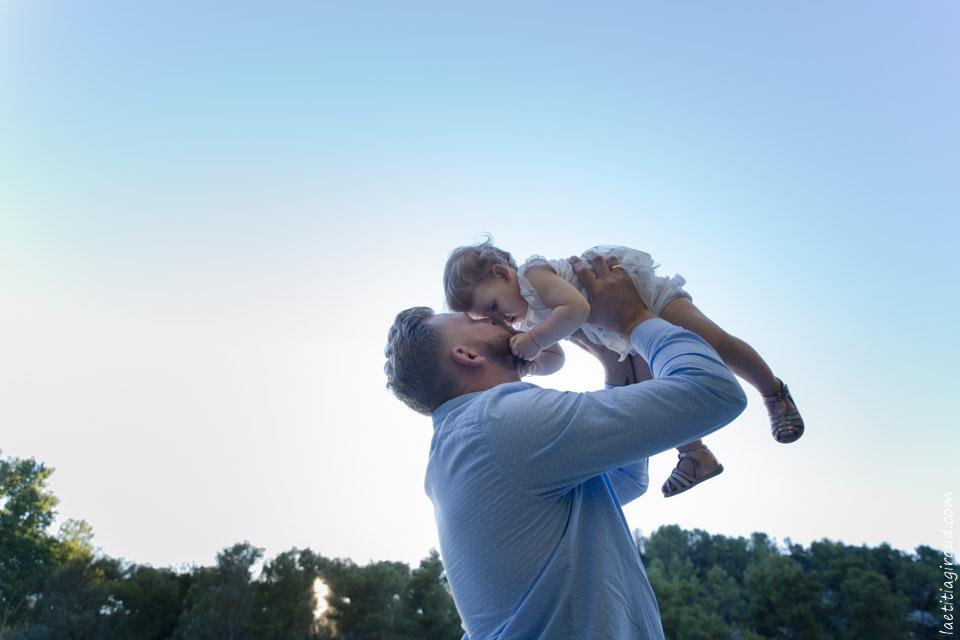 en promenade autour du lac de Saint Rémy en famille