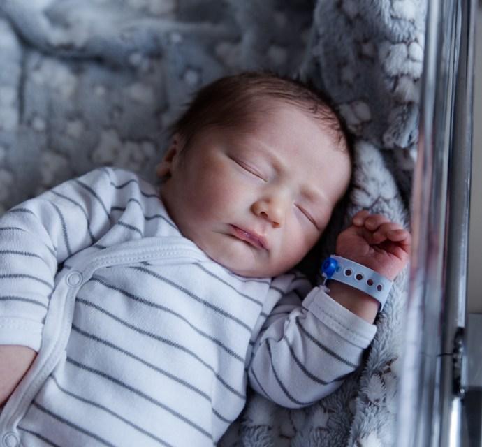 Maternité de Carpentras, séance photo naissance