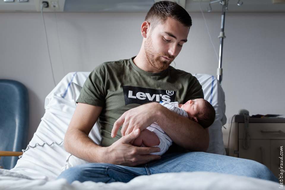 la naissance de son bébé à la maternité
