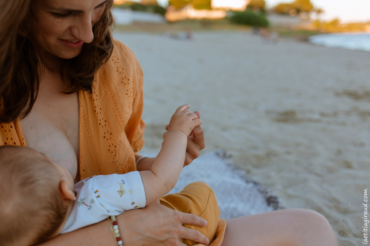 douceur entre maman et bebe