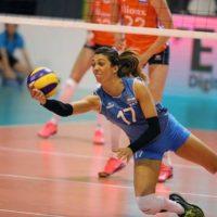 Voley: Helena Vidal, en Italia, entrena una sub 13 por Skype