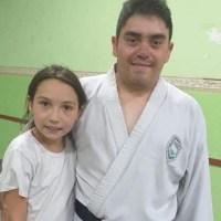Yonatan Ramos, de competir por San Juan a crear una escuelita de karate para inculcar valores a los más chicos