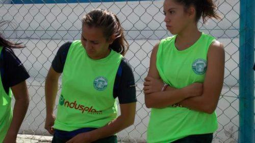 La meta de las chicas de Aramburu: regalarle un campeonato a Jazmín Videla