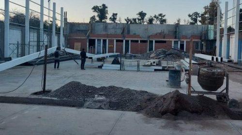 Lanteri encaró la segunda etapa del techado de su estadio