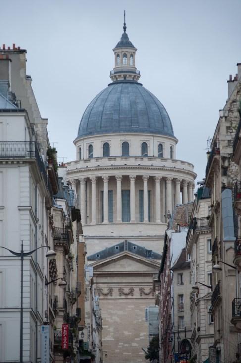 2. Une balade dans Paris