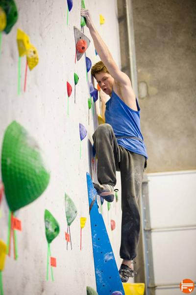 training-bouldering-climbing-rockgym-fabrique-verticale