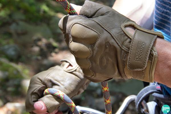 gants-assurage-securite-escalade