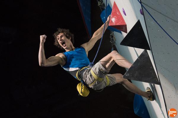 tops-flops-bercy-preparation-entrainement-escalade-competition-victoire-adam-ondra-fabrique-verticale