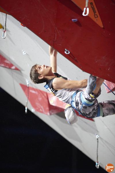 tops-flops-escalade-entrainement-preparation-competition-bercy-domen-skofic-fabrique-verticale