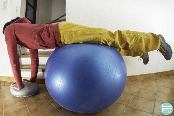 shoulder-stability-wobble-boarding-rehab