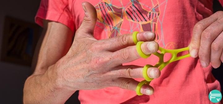 climbing-grip-power-finger