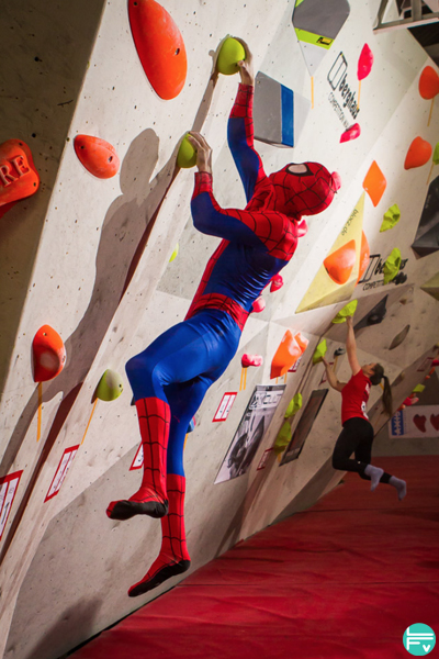 nofoot-escalade-entrainement-spiderman