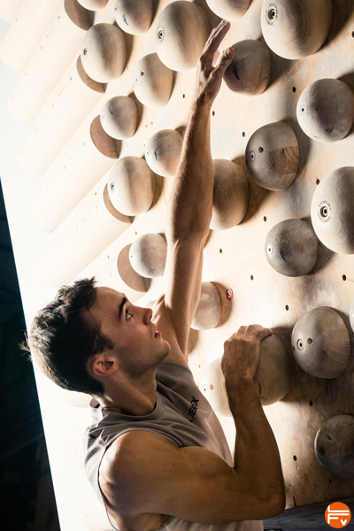 climbing-campus-board-training