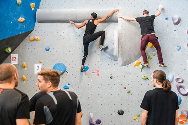 Grimpeurs_ arkose-genevois-contest-bloc-escalade-salle