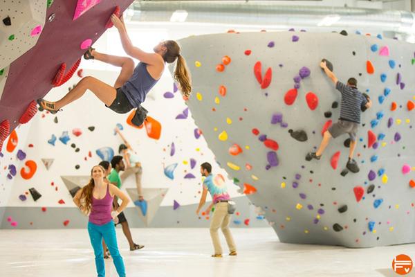 escalade-salle-bloc-park-urban-climbing-gym-petzl