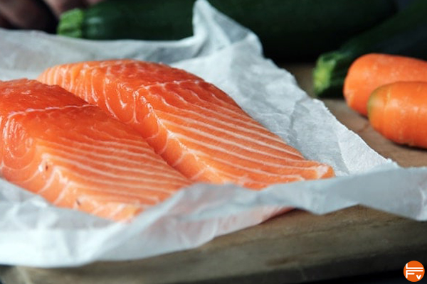 prise de BCAA comment se muscler pour le bloc alimentation proteines entrainement escalade saumon