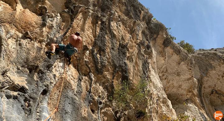 affutage escalade falaise